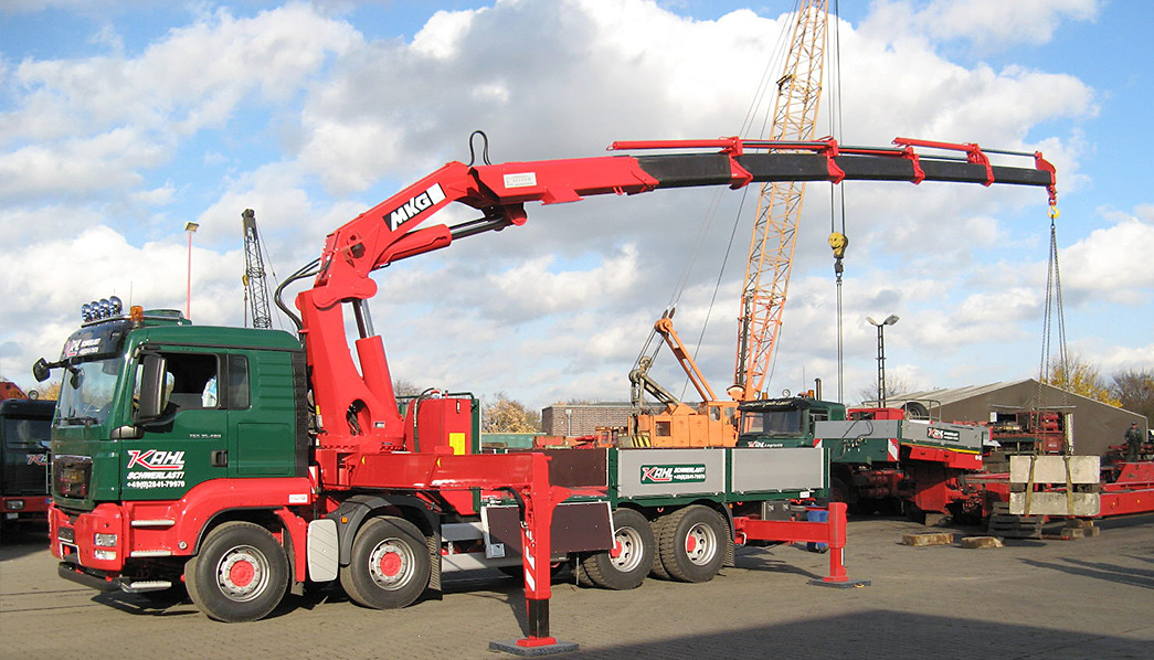 Foldable Truck Cranes Image